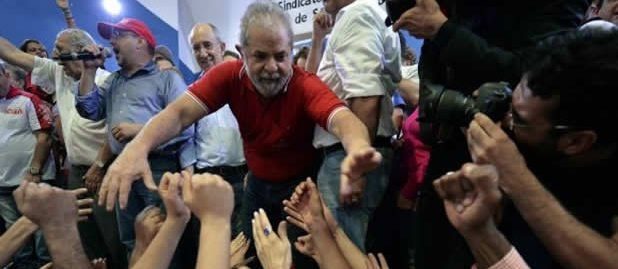 Venezuela celebra libertad de Lula