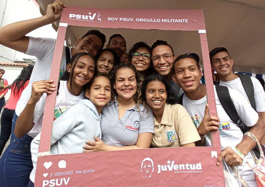 Juventud del PSUV de todo el país se hizo escuchar por Radio Miraflores
