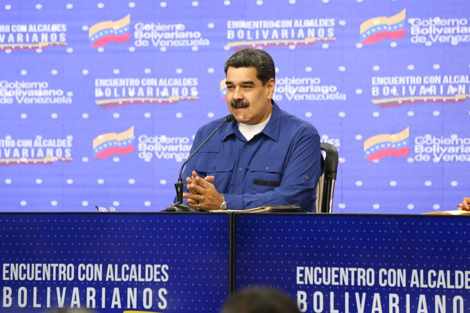 Jefe de Estado crea Consejo Bolivariano de Alcaldes y Alcaldesas