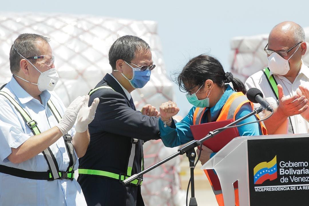 55 toneladas de insumos llegaron de China para lucha contra el coronavirus