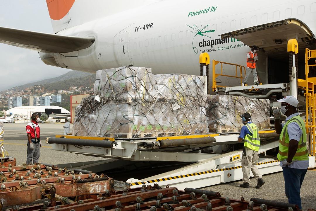 Arriba a Venezuela ayuda humanitaria de Rusia, OPS y Unicef para combate del Covid-19