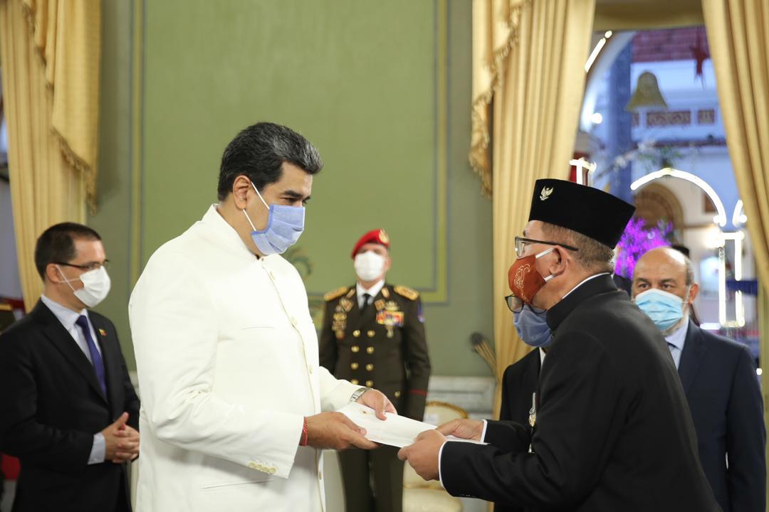 Embajadores de Indonesia y Belarús presentaron Cartas Credenciales al presidente Nicolás Maduro