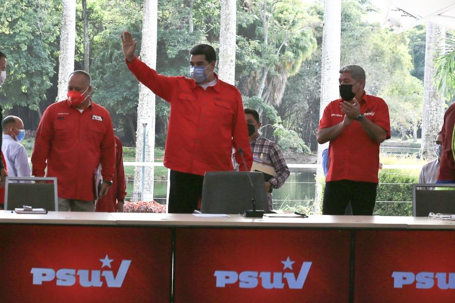 PSUV se prepara para contundente victoria en elecciones de gobernadores
