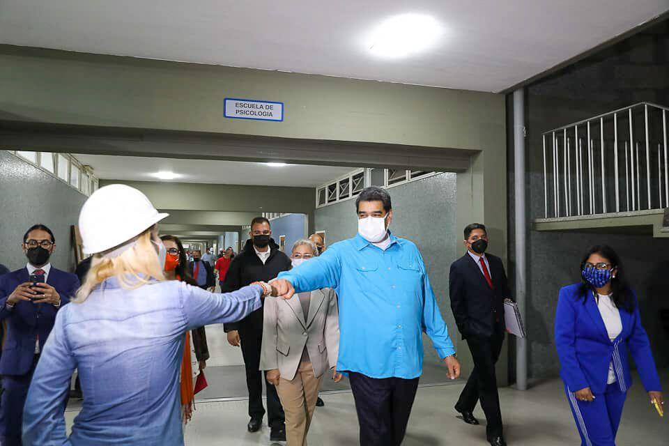 Presidente Maduro supervisó trabajos de recuperación de la UCV